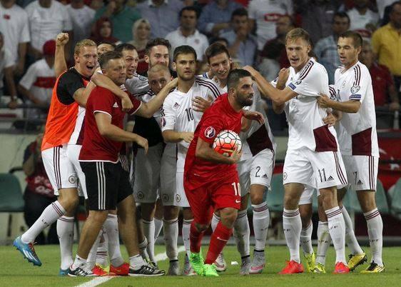 Turcja remisuje z Łotwą