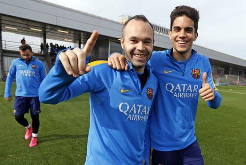 Iniesta i Sergi Roberto gotowi do gry