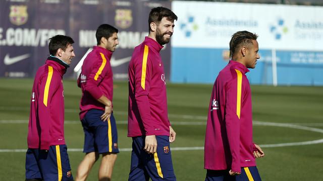 Messi, Suarez, Pique, Neymar na treningu