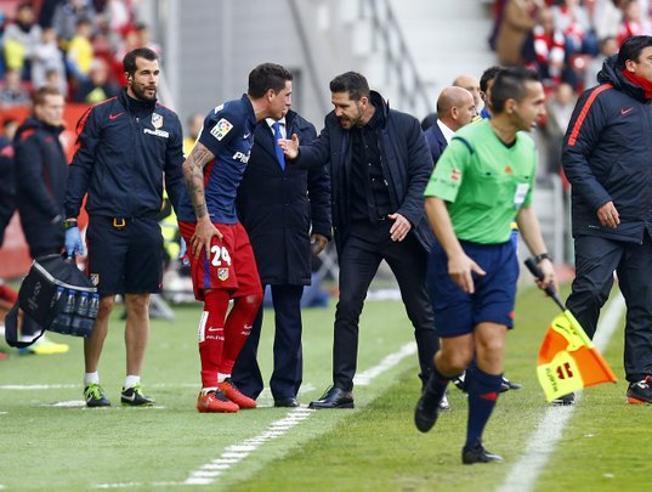 Kontuzjowany obrońca Atlético nie zagra na Camp Nou