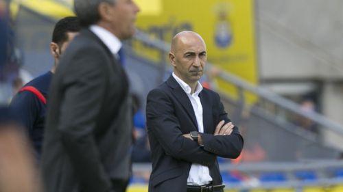 Pako Ayestarán czwartym trenerem Valencii w tym sezonie