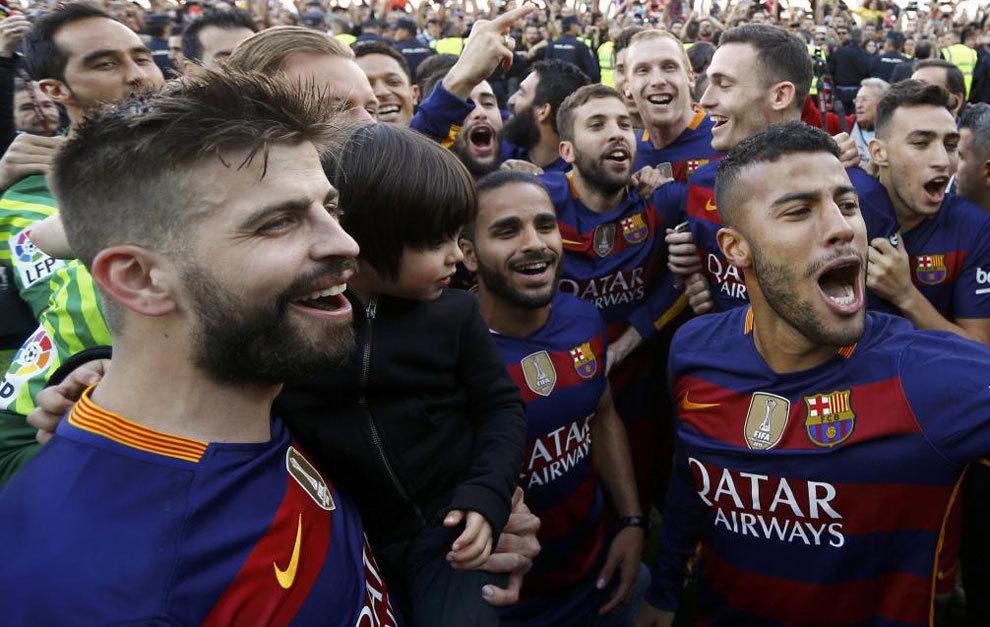 Piqué: Barça nie może przegrać tego wyścigu