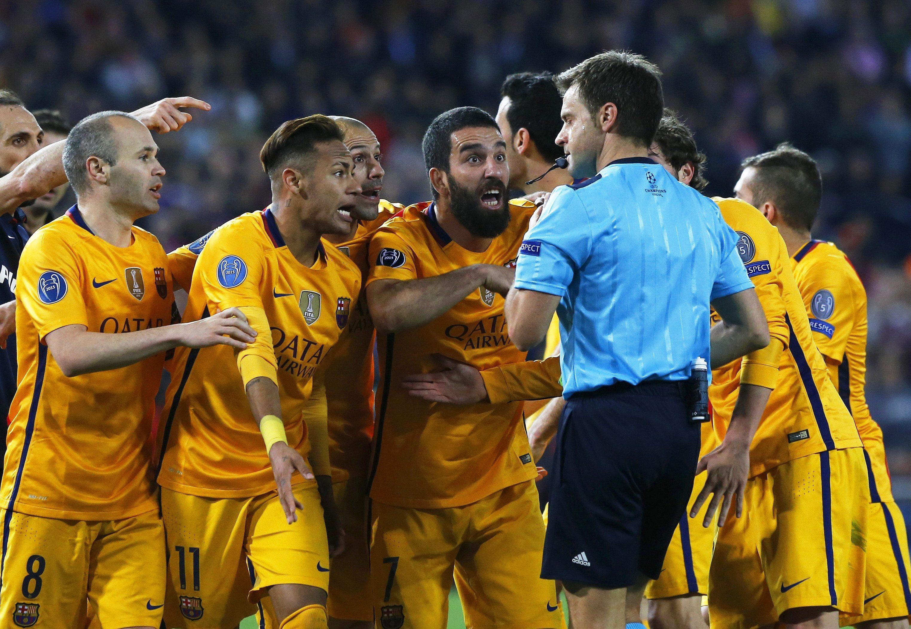 Rizzoli chwali fair play Barçy