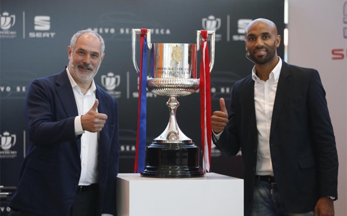 Zubizarreta i Kanouté przed finałem Copa del Rey