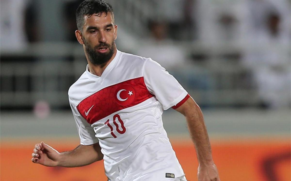 Arda Turan bije rekordy tureckiej piłki