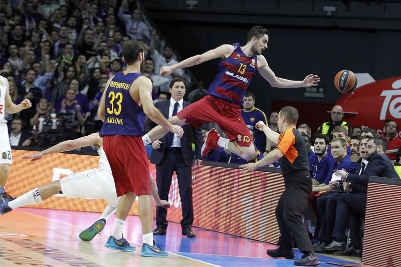 Coraz dalej od mistrzostwa: Real Madryt 91:74 FC Barcelona Lassa