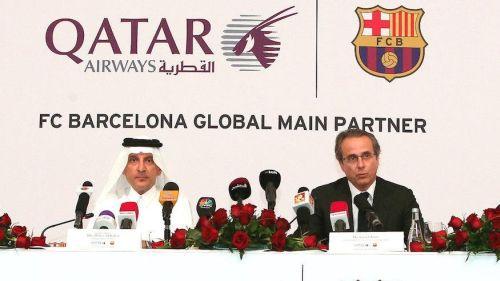 Barça bliska sponsora na koszulkach