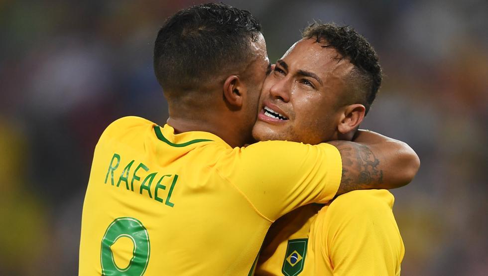 Neymar wróci do Barcelony dopiero we wrześniu