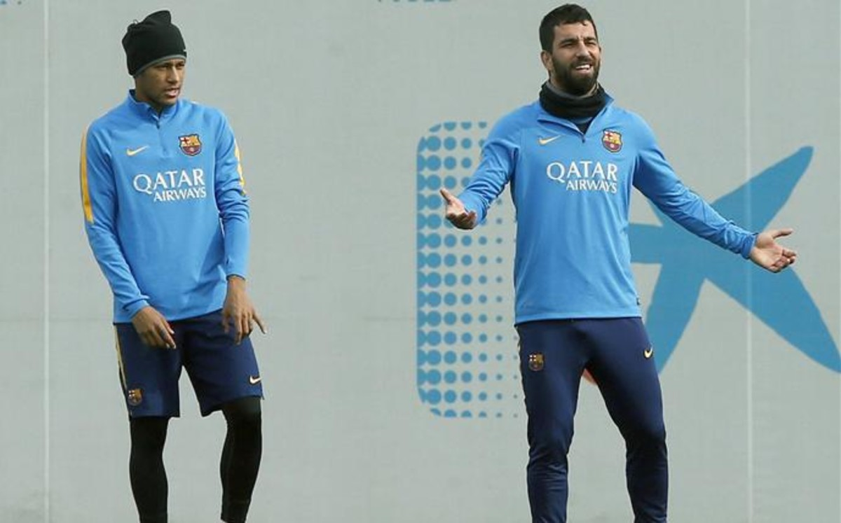Arda Turan i Neymar ukarani finansowo