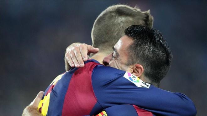 Xavi: Trenowanie Barcelony byłoby spełnieniem marzeń